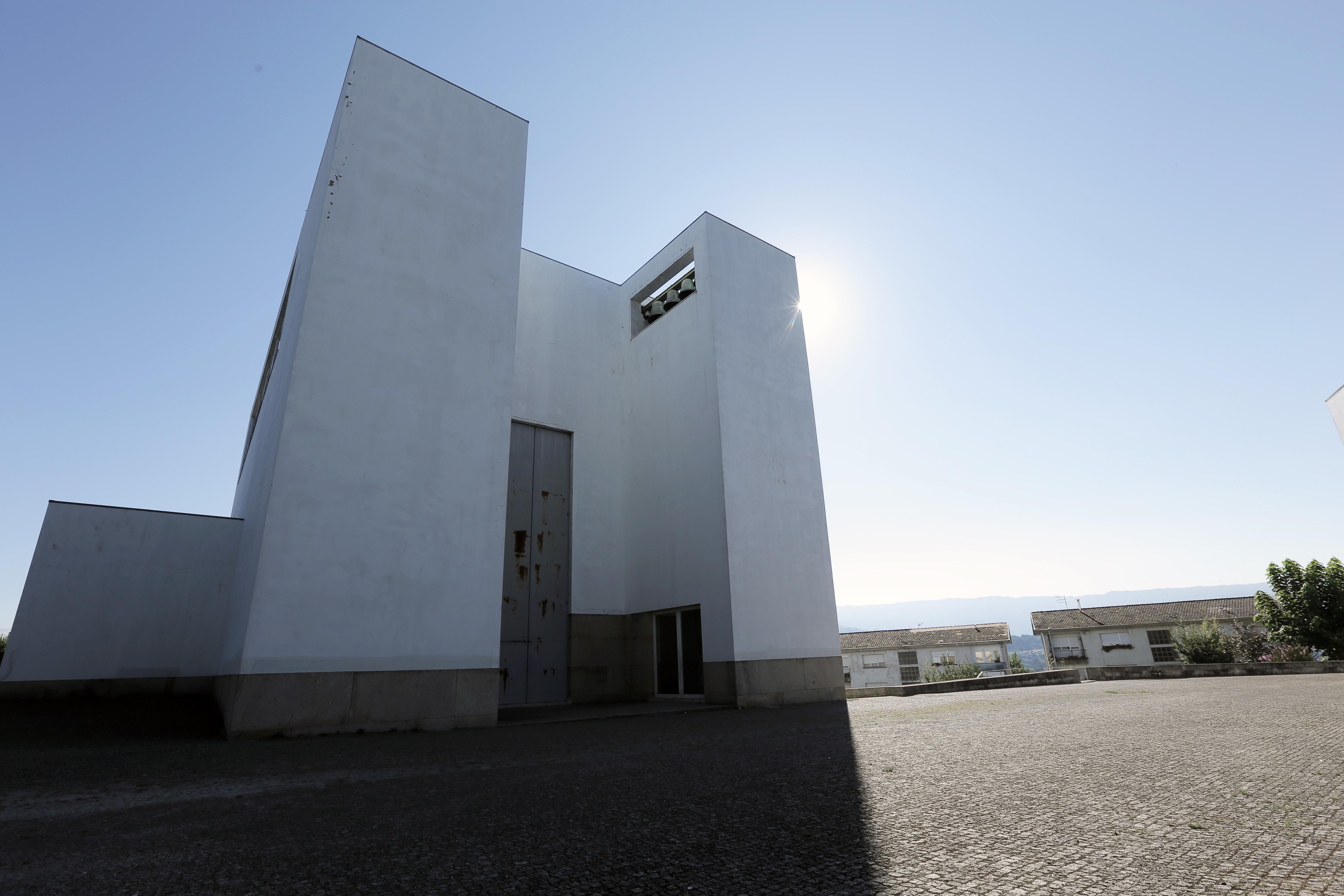 Igreja de Santa Maria - Arquiteto Siza Vieira