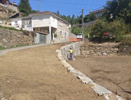 Alargamento e Construção de Muro em Alpendorada, Várzea e Torrão.