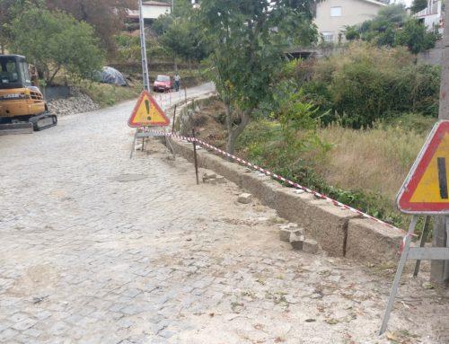 Reforço de muro de suporte na rua dos Lenteirões, freguesia do Marco.